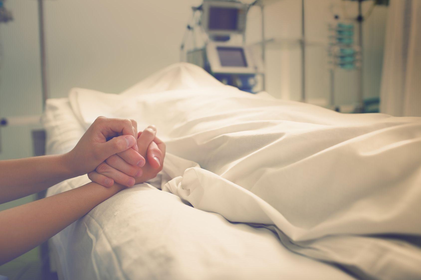 (PDF) Tratamentul total al cancerului | simona sipos - asspub.ro