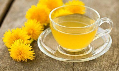 Aceasta este băutura detoxifiantă pentru ficat și pancreas!