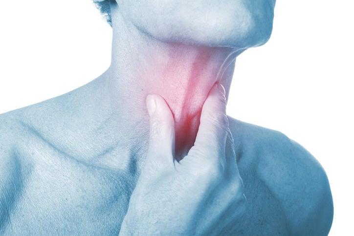 papilloma virus mal di gola)