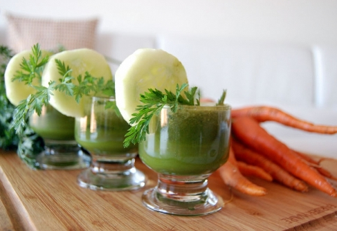 Am slabit 5 kg in 5 zile – dieta de detoxifiere cu sucuri si salate