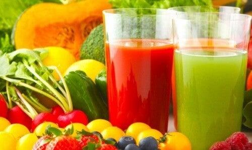detoxifierea ficatului cu sucuri naturale)