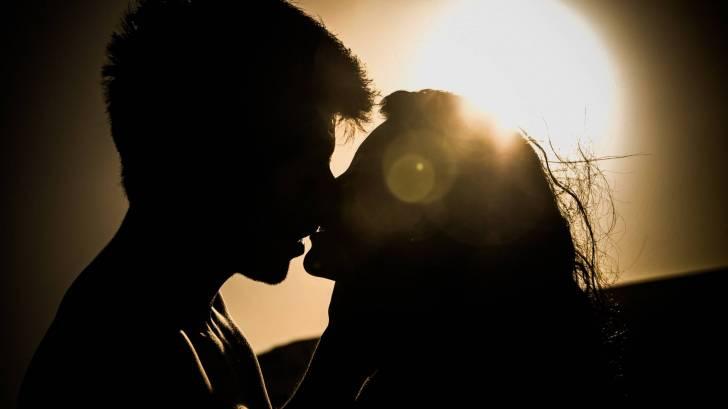 human papillomavirus infection kissing
