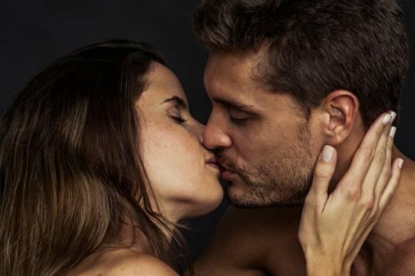 contagio de papiloma humano por besos