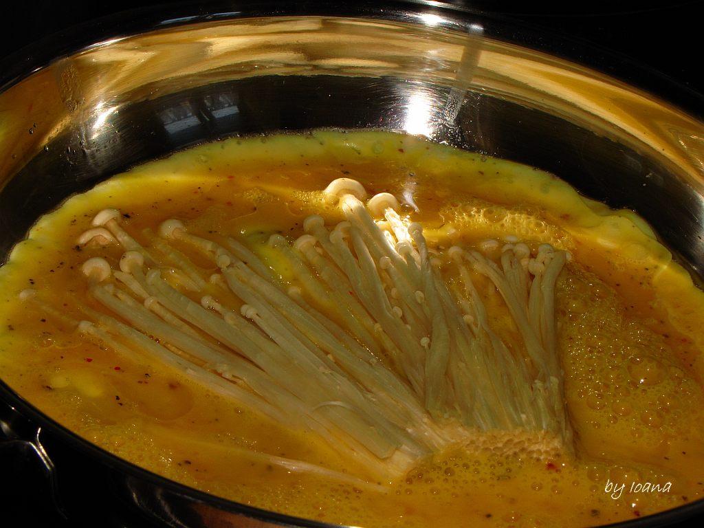 Wok cu legume, ciuperci urechi de lemn și Enoki – Pasiunea Gătitului