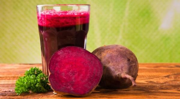Prepara-ti singur sucul pentru detoxifierea ficatului!