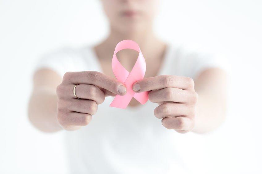 Prevalenta in cazurile de cancer la san a crescut enorm in Romania
