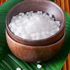 Cura de detoxifiere de o zi cu sare amară - Argument